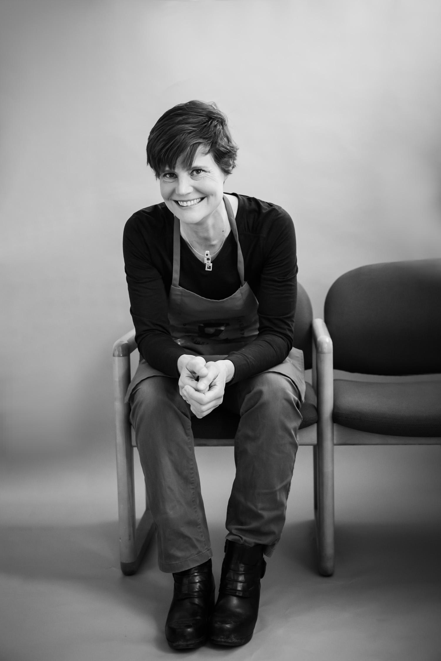 Artist Sara Tabbert